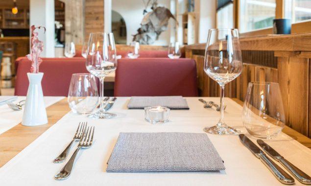 Hotel Restaurant Krüner Stubn Gaststube Tischedekoration